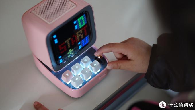 """点音Ditoo无线蓝牙音箱,陪伴在孩子身边的多功能""""小电脑"""""""
