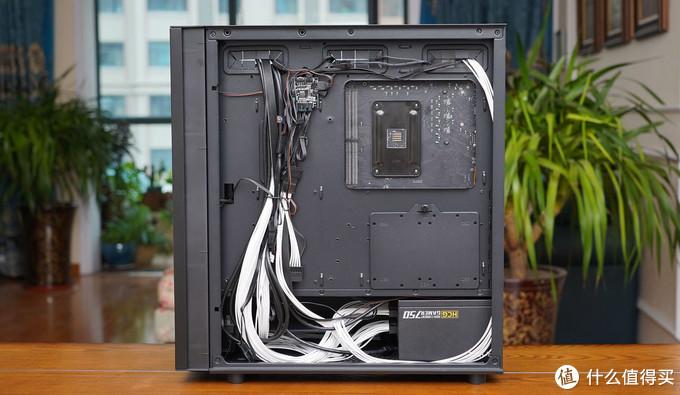 小学生再度出手组装高端光污染电脑,主机装好的那一刻连爸爸都不淡定了