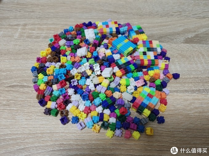 Duang~就是它们了,一堆微积木