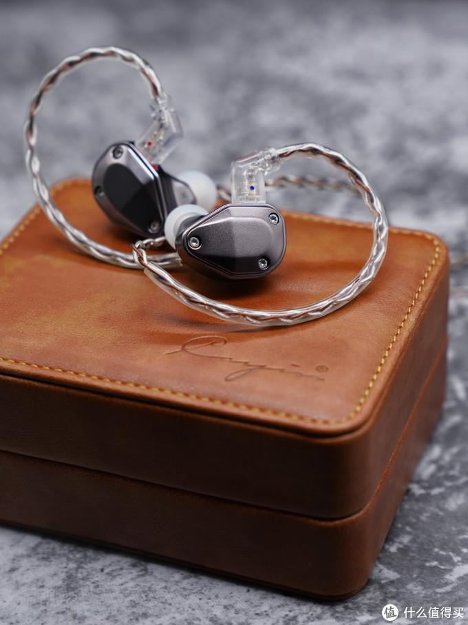 冷与艳——Cayin凯音YB04四动铁耳机评测