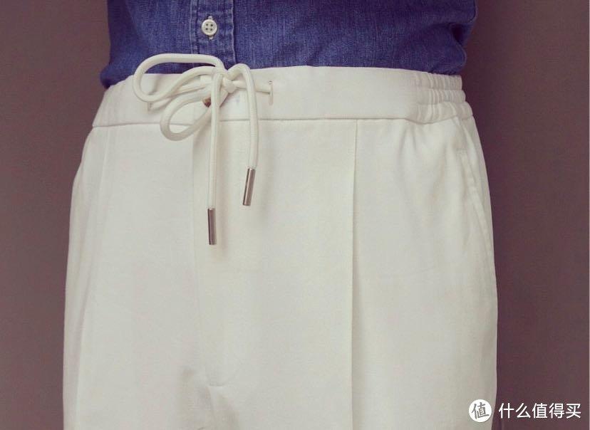 春天「条纹衬衫与休闲裤」排列组合式的搭配省心又时尚