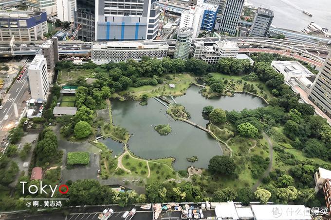 东京的滨离宫恩赐庭园就在旁边