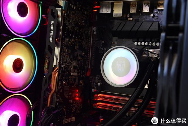 """散热强劲,让CPU""""冷/静""""下来,堡垒240水冷散热器体验"""