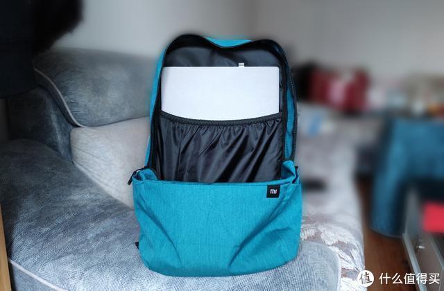 从轻出发,49元享20L大空间,小米新品背包就是不一样