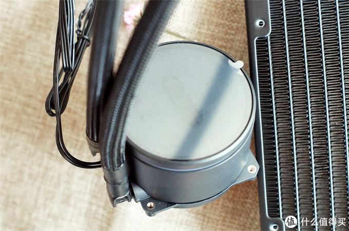 在ARGB光效包裹下的是静音和速冷——超频三凌镜GI-CX240水冷测评