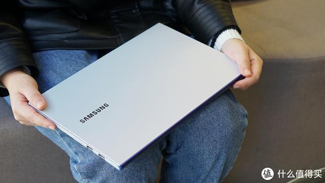 英特尔十代处理器加持,三星Galaxy Book Ion带来极致体验