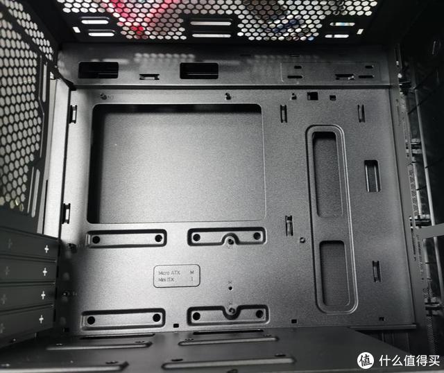 电脑小白怎么把旧主板装进新的MB400L机箱当中