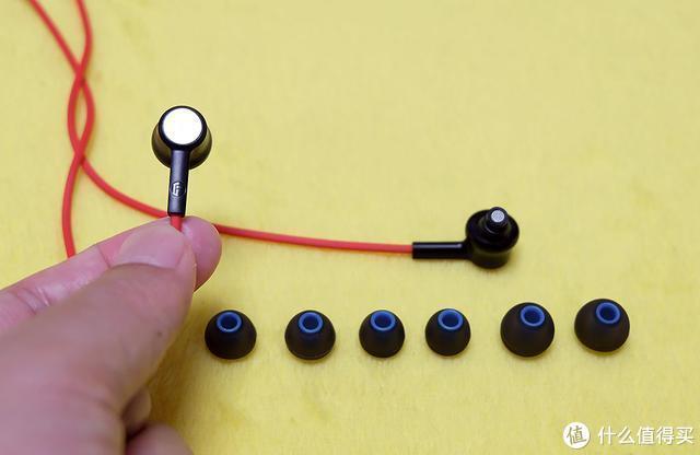 听歌、导航、打电话,用声音便可直接操控手机,DOSS S31耳机体验