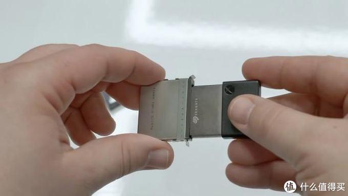 来自希捷的1TB定制型可扩展存储器