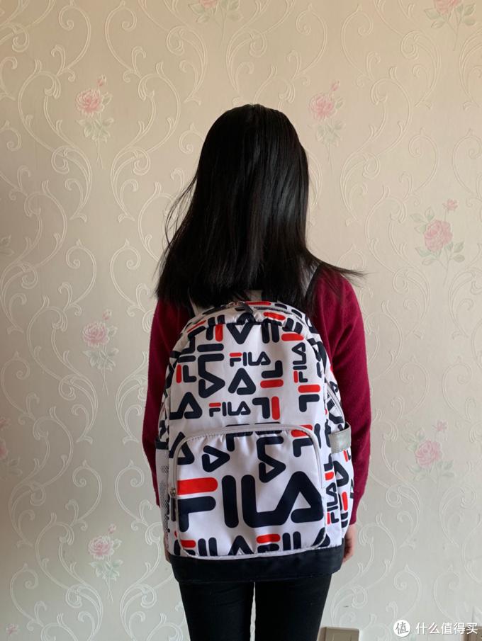 图书馆猿の送侄女的斐乐(FILA)双肩 字母包