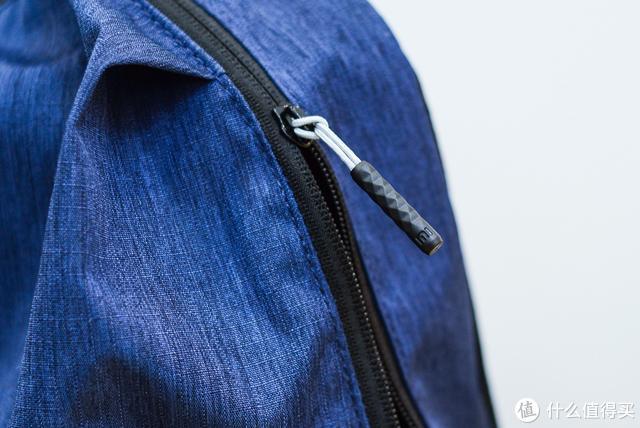 种草小米小背包:一直在找这样的轻便背包,这49块花得值