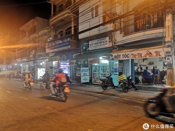 家有女神以及看老男孩的快乐就是这么平淡无奇。越南芽庄之行。走过的地方都是人生。