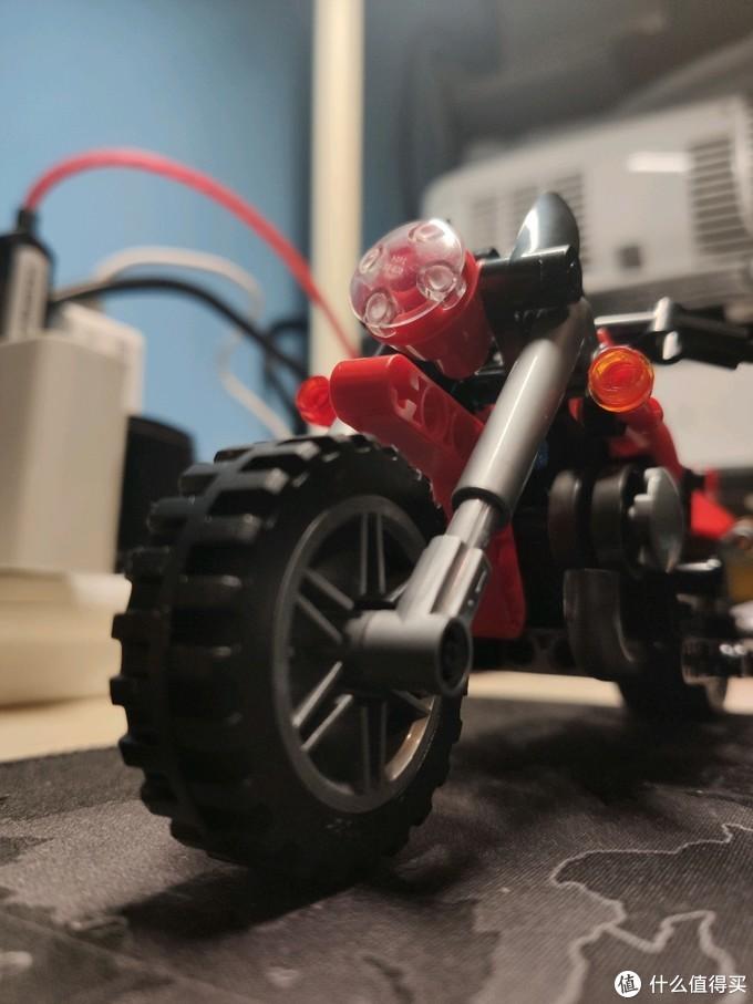 森宝 KTM哈雷摩托开箱晒物,华而不实的样子货,解毒看这里