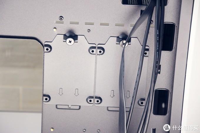 右侧透水平风道,隐藏式I/O口储线盒,鑫谷开元G5机箱体验