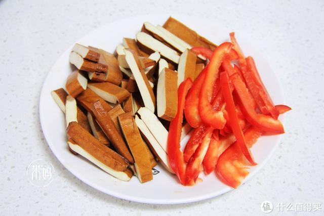 3月,我家三天两头就吃这菜,2块钱一斤又鲜又香,比吃肉都香