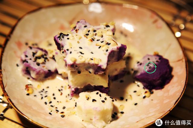 1根山药,1盘紫薯做盘小零食,好看又养胃,挑食的孩子都爱吃