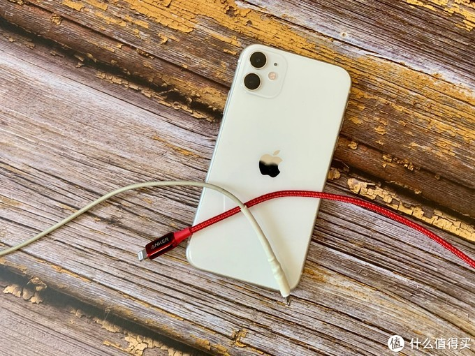 iPhone 11便携快充三件套,Anker Nano快充头+三代拉车线使用分享