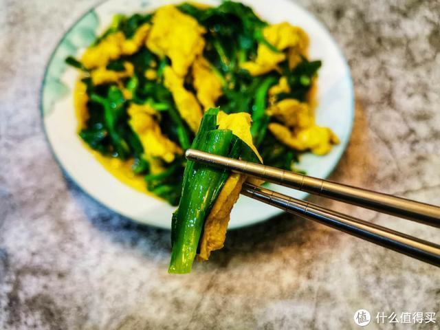 炒韭菜人人会做,怎么做到熟得刚好又不过焉,只要做好一步就行