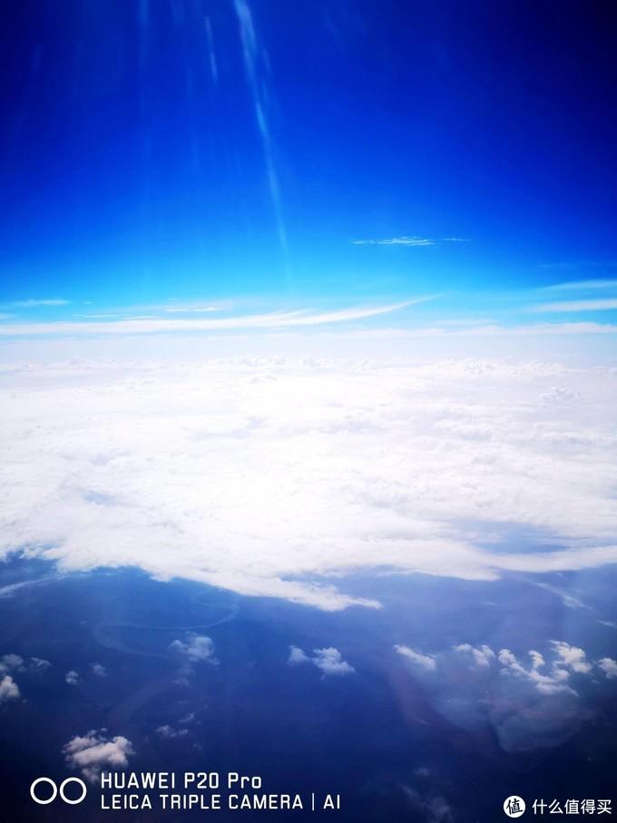 晴空万里,我辈必将扶摇而上;花好月圆,大地必回人间天堂。