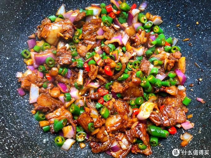 这菜吃一次馋一次,比牛肉便宜,比鸡肉好吃,炒一炒香到流口水