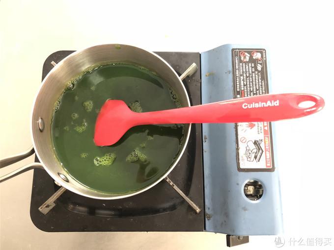 想吃青团总是做不好,材料配方告诉你,口感软糯细腻,比买的好吃!
