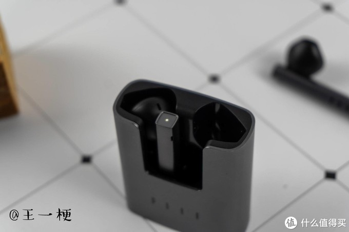FIIL CC新品耳机来了,细节诚意满满:汪峰确实在用心做耳机