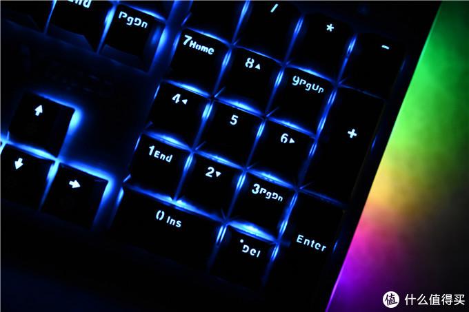 手感清脆,灯效炫酷——雷柏V530背光机械游戏键盘体验
