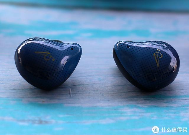配色精湛时尚潮品,DOSS T60真无线蓝牙耳机