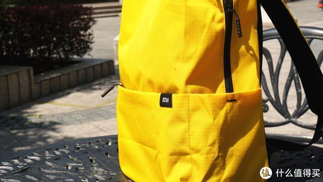 完美匹敌迪卡侬背包,49元小米小背包尝鲜体验,值了