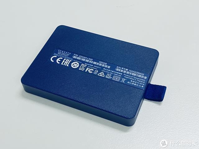 """卡片大小,寓意祥瑞:希捷""""颜""""系列龙盘移动SSD 开箱赏析"""