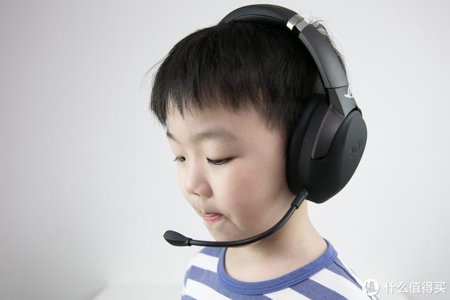 AI智能降噪麦克风,助力玩家畅享游戏乐趣——ROG风行go无线电竞耳机体验分享