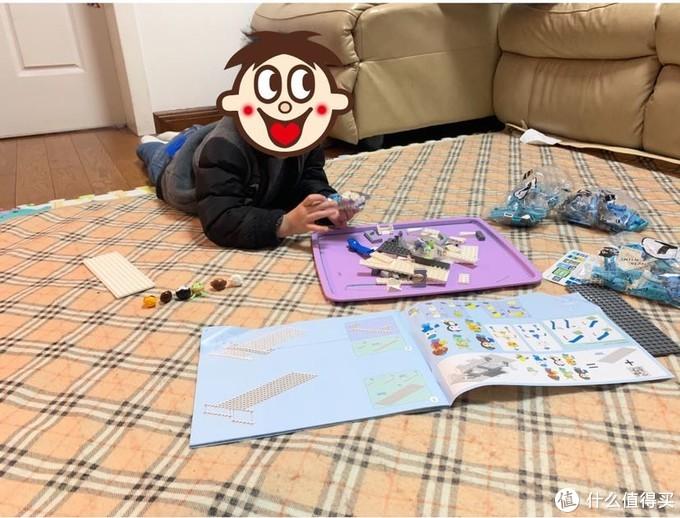 熊孩子的假期陪伴-陪孩子搭积木