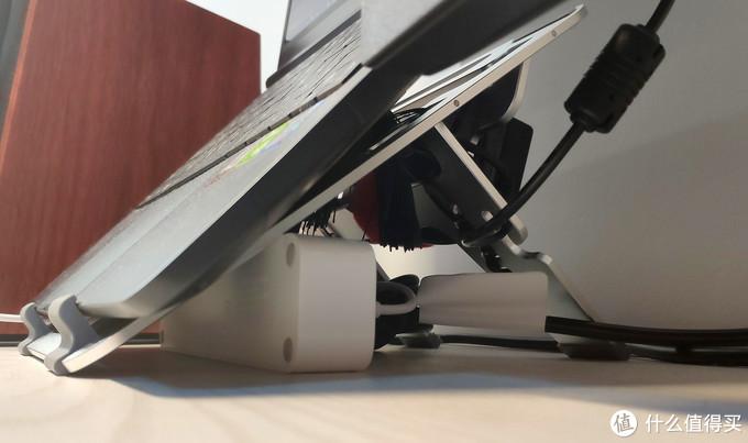 全铝笔记本支架确实不错,出差随身携带太方便了
