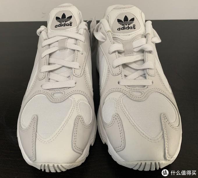 追求舒适之选:adidas阿迪达斯三叶草YUNG1复古鞋