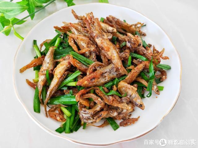 夏天要多吃鱼,教你新吃法,不蒸不煮,上桌连渣都不剩!