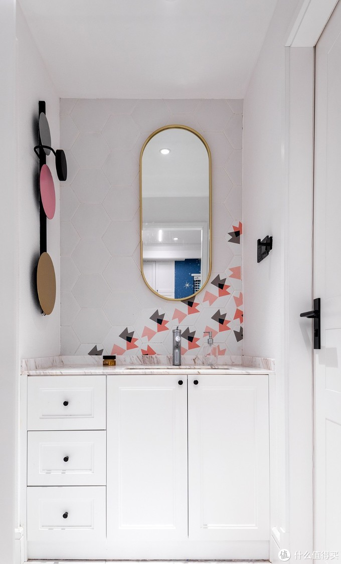 白蚁老屋改成花园洋房,120㎡竟能住下一家7口,神仙设计超高级!