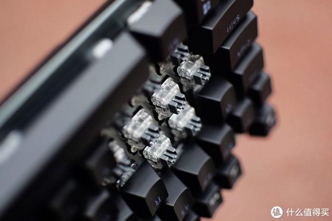 防水背光 雷柏V530自主红外银轴游戏机械键盘