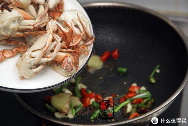 螃蟹这吃法不加盐不加水,掌握这4个技巧,以后再不想吃清蒸