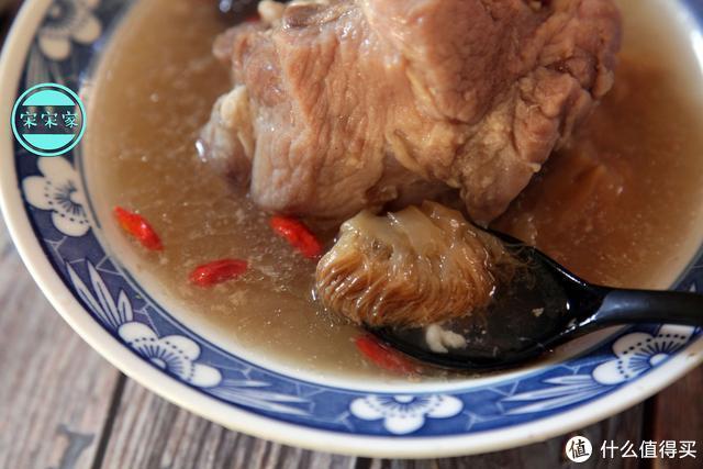 猴菇炖汤发苦?学会这3点处理方法,炖出的汤香浓营养,鲜甜好喝