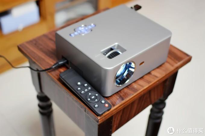 宅家追剧享快乐,瑞格尔RD-830家用投影仪简评