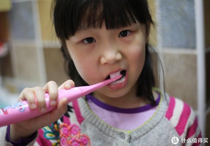 为孩子选择好牙刷,千万别让孩子遭受治牙的痛苦