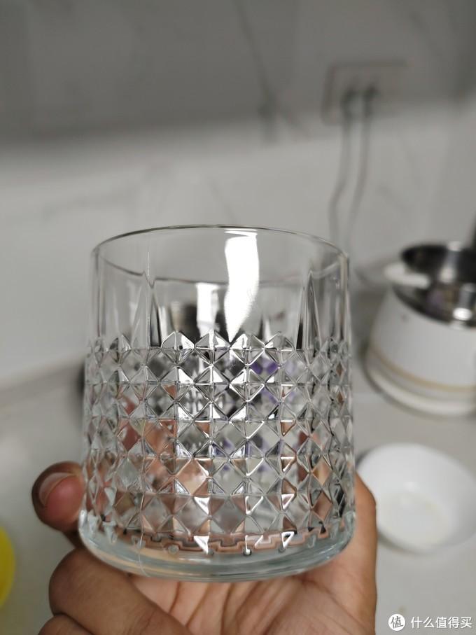 玻璃杯更是不在话下