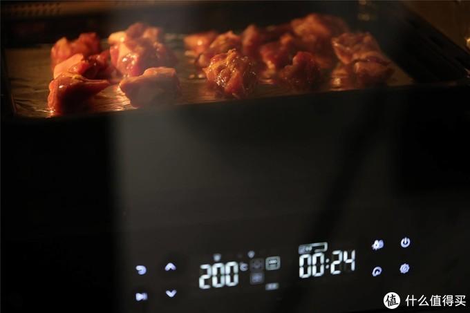 一个月长肉20斤,早知道就不给老公买这台式蒸烤箱,天天做好吃的把我都喂胖了!