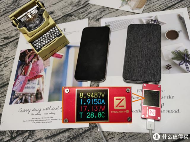 小米生态链推出果粉专属,ZMI 移动电源10000mAh苹果尊享版