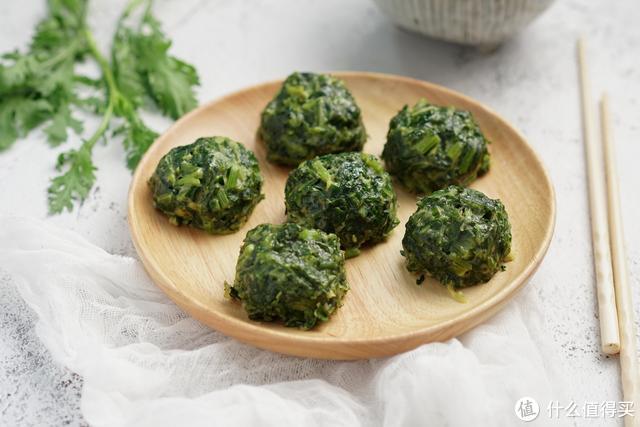 春季不能错过这种蔬菜,做成丸子蒸着吃,原汁原味,营养太棒了