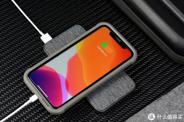 小米也开始出苹果配件了,生态链公司为iPhone专门设计充电宝