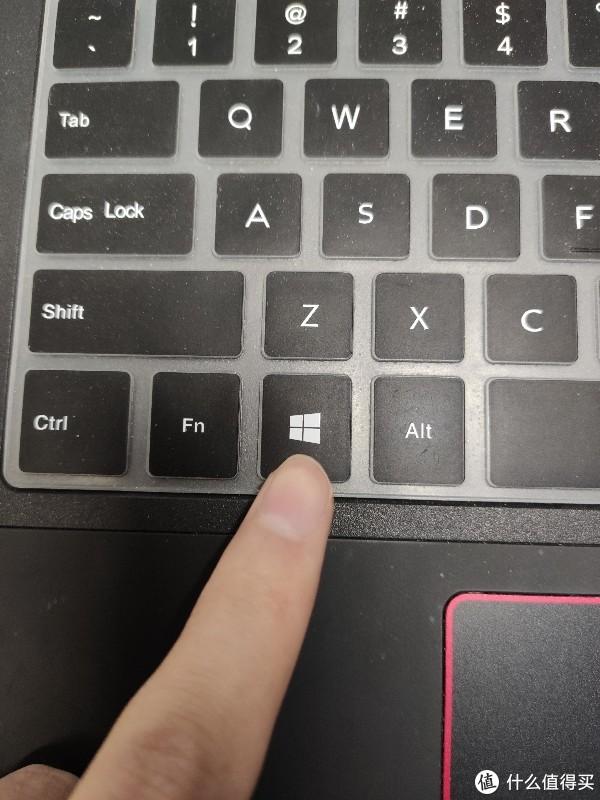 Win键就是手指的这个
