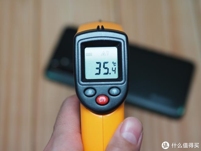realme X50 Pro深度评测:除了畅快的5G,还有哪些亮点值得期待?