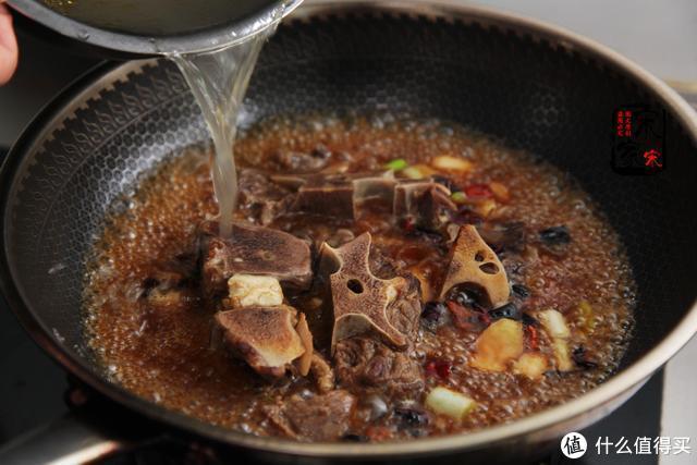 吃牛肉不如啃牛骨,15元1斤,口感好味道鲜,越吃越香