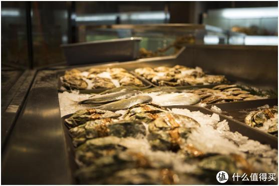现场看大厨烹饪帝王蟹!全透明开放式厨房让苏鲜生爆红全网